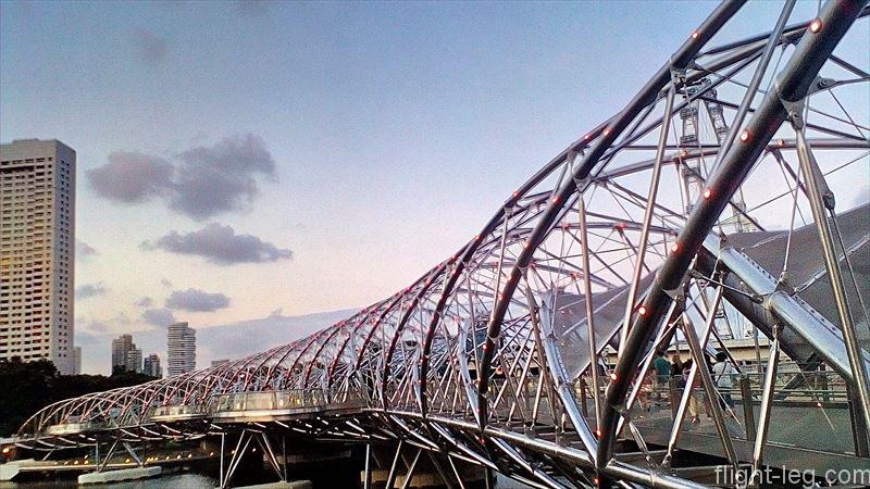ヘリックス橋