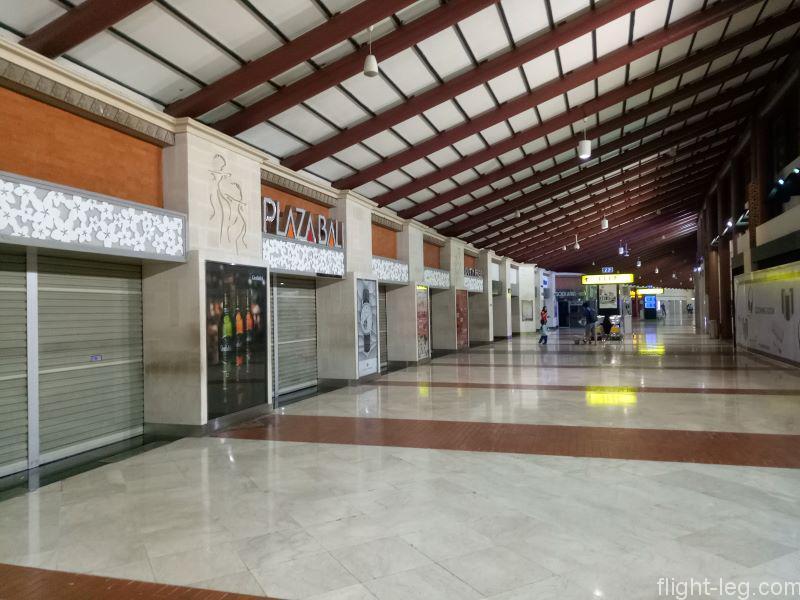 スカルノハッタ国際空港の免税店